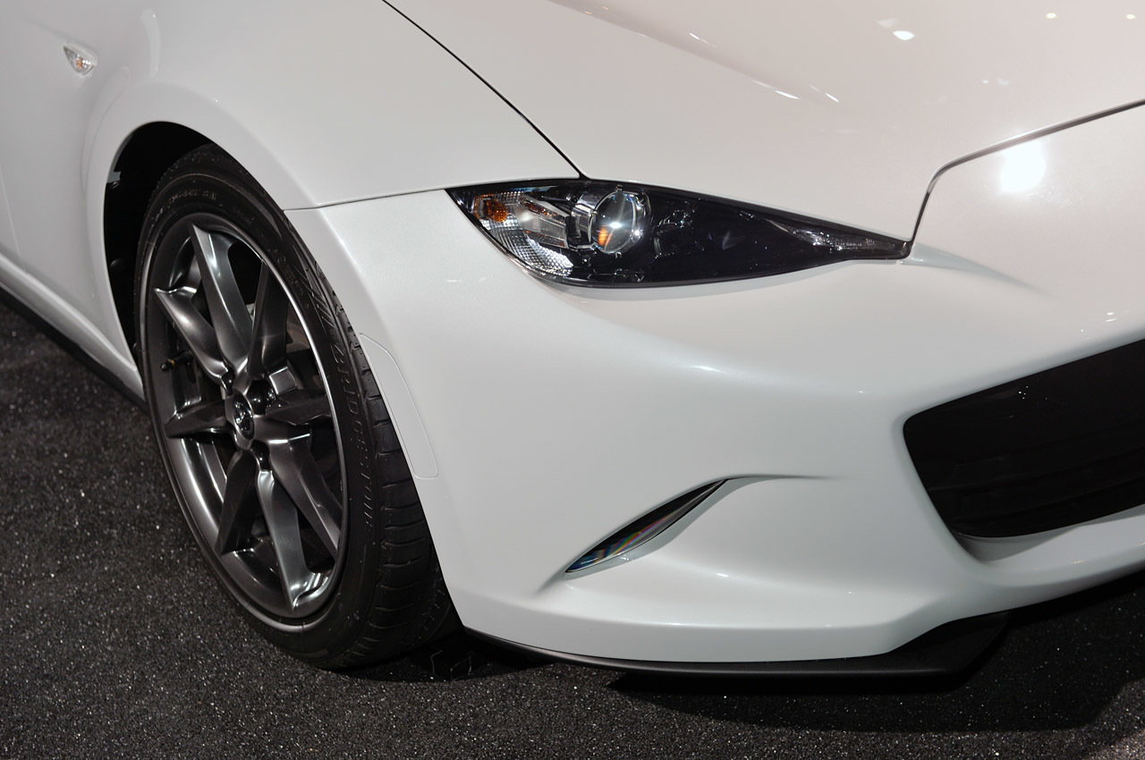 2016 Mazda MX-5 Miata Headlight