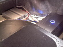 1500 watt 4channel amp is the silver one...500 watt mono amp is the other driving the subs