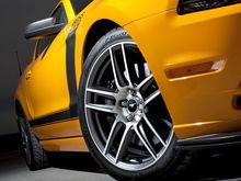 13MustangBoss302 wheels