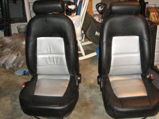 Dye seats