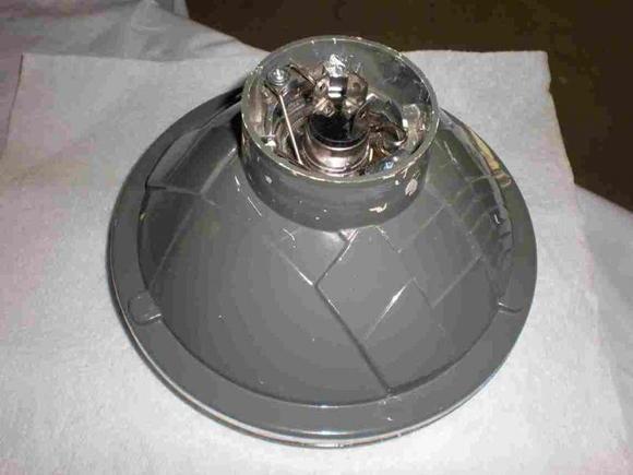 2)Lightback1  Backside of new light with H4 bulb.