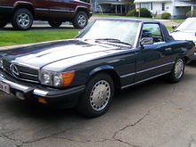 Garage - Mercedes 560SL