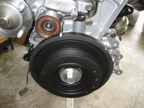 crank pulley closeup [1600x1200]