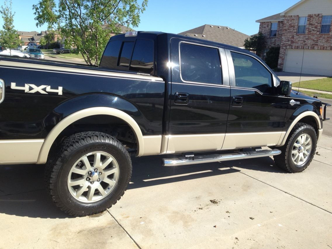 bigger tires on king ranch stock wheels ford f150 forum. Black Bedroom Furniture Sets. Home Design Ideas