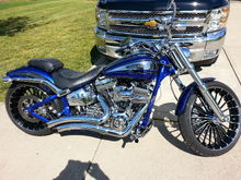 2014 cvo breakout Will up date later with updates that were put on since this pic