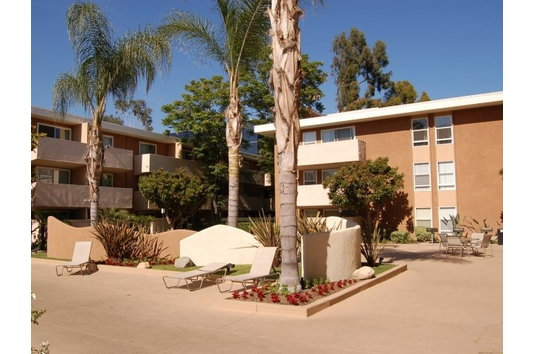 San Regis In Van Nuys Ca Ratings Reviews Rent Prices