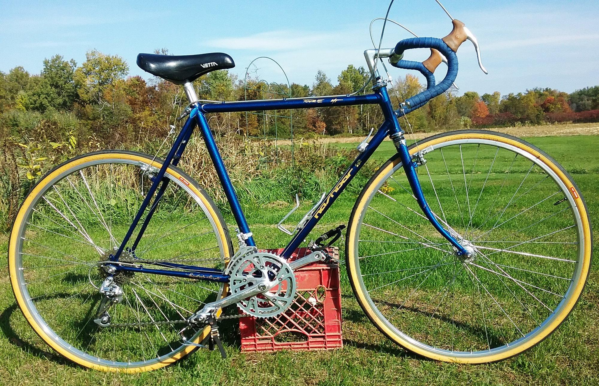 Heavy Duty Bike Steel Seatpost Black 25.0mm Cruiser BMX Lowrider Bicycle NEW!