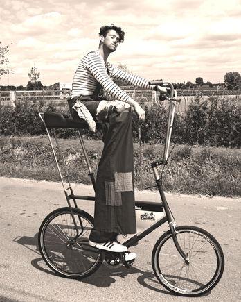 On the Stilts bike rolling by...