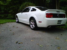 11-9-2010. Painted side skirts on and took the rocker panels off