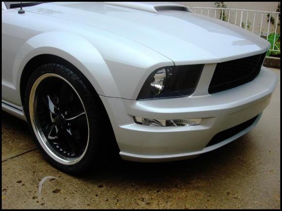 Foose Nitrous 20's, GT front bumper, Bullitt grille, clear corners, stealth bulbs