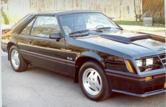 82 Mustang GT a