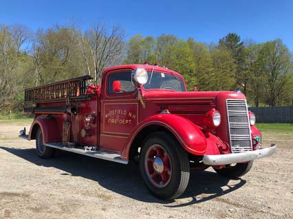 1944 Mack Pumper Fire Truck