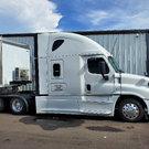 2015 Freightliner Cascadia Evolution 125