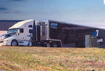 2000 Kenworth T2000 and 53' Goldrush trailer **REDUCED