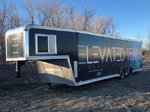 2017 40 ft UNITED enclosed goosneck trailer