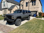 Off Road Suburban V2500  for sale $10,000