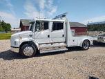 2001 Freightliner M2 FL60  for sale $59,900