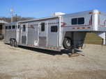 1995 4 Star 36' 4 horse slant load w/living quarters  for sale $19,500