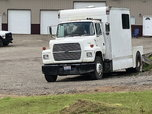 Ford L9000 toter   for sale $16,000