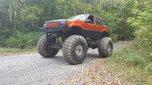 Mega jeep