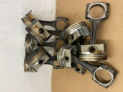 "USED BB CHEVY 7/16"" RODS with SEAL POWER L2399 PISTONS"