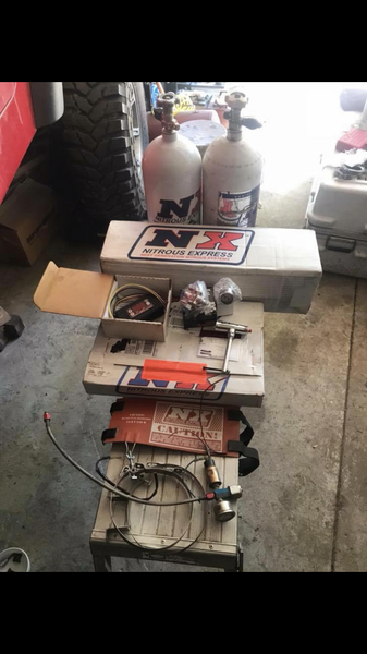Mainline line nitrous kit,window switch, bottles and more&nb  for Sale $800