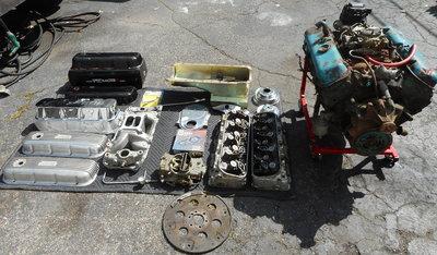 Big Block Chevy 454, 781 Heads Valve Covers Oil Pan Intake