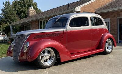 1937 Ford Slant Back Pro Built Custom Street Rod