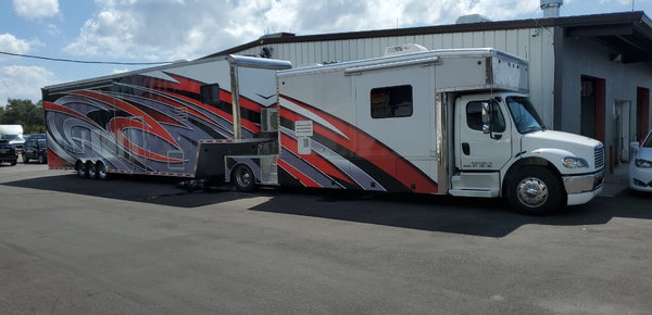 Toter & Stacker with lounge  for Sale $155,000