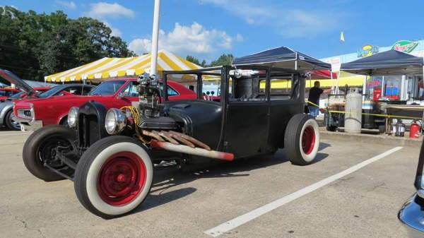 FORSALE OR TRADE FORD RAT ROD