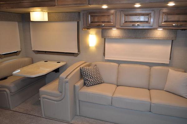 2019 Jayco Seneca 37TS Freightliner Super C Motorhome