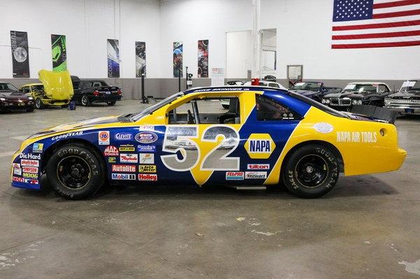1993 Ford Thunderbird NAPA NASCAR  for Sale $31,900