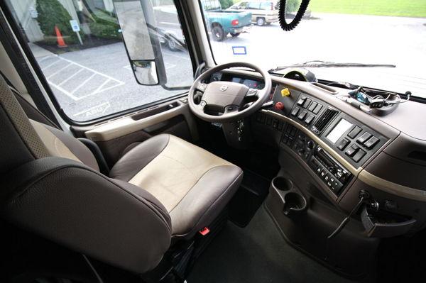 Volvo VNL 630