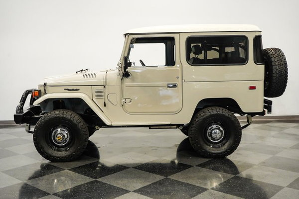 1976 Toyota Land Cruiser FJ40 Restomod  for Sale $114,995