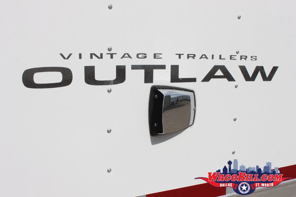32' Vintage Outlaw Loaded Race Trailer Wacobill.com