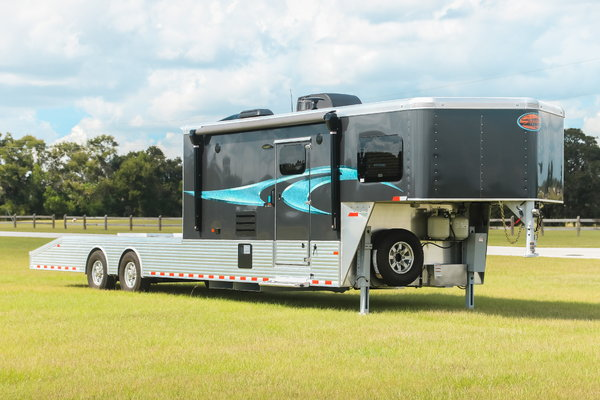 2019 Sundowner Krawler Toy Hauler   for Sale $66,900