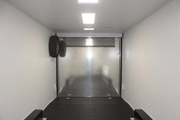 2019 40' Living Quarter Gooseneck w/Lrg Bathroom, 20' Garag
