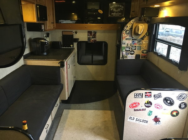 2012 Kenworth Bandwagon Entertainer Bus Toter Home RV 8 bunk  for Sale $95,000