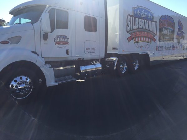 2006 PETERBILT WITH STACKER TRAILER  for Sale $97,500