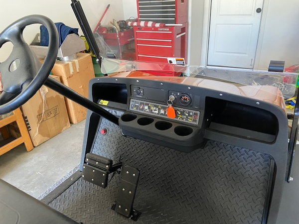 NEW 2016 EZ GO 6 pass custom gas cart