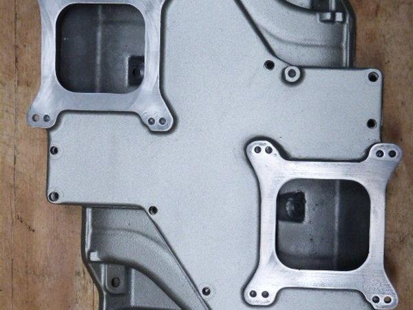 Edelbrock STR-12 Small Block Mopar Dual Quad Intake Manifold  for Sale $2,250