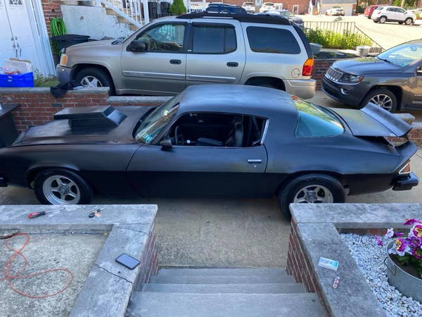 77 Chevy Camaro  for Sale $8,000