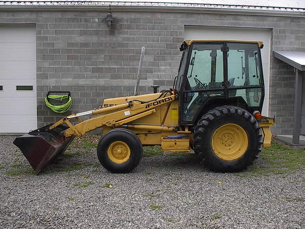 FORD 555D HD LOADER TRACTOR