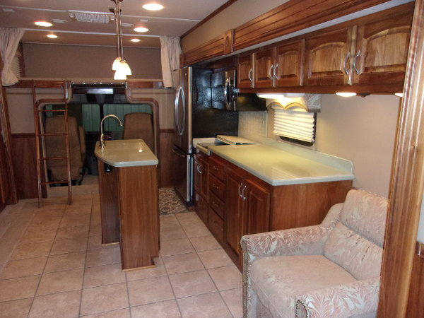 2013 Haulmark 4504HB bath and a half  for Sale $250,000