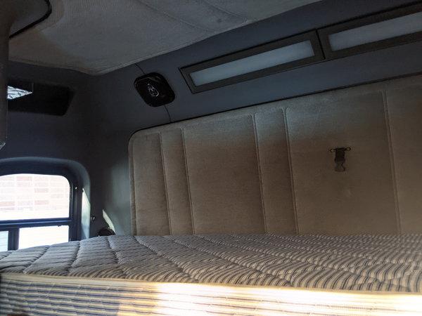 Freightliner toterhome SUPER CLEAN RIG