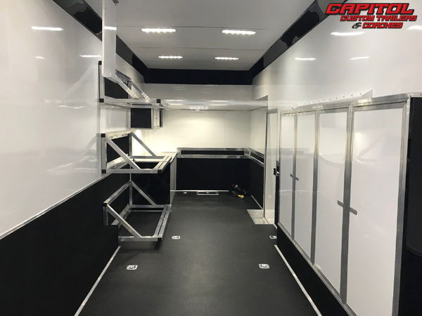 2019 UNITED SUPER HAULER 28' SPRINT CAR HAULER