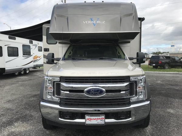 "2019 Renegade Veracruz 35"" Ford F550 Smokin' Deal"