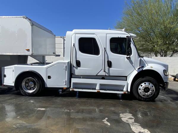 2007 Freightliner M2  for Sale $80,000
