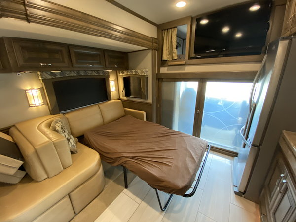 2018 Hualmark 3 Slide  for Sale $3,490,900