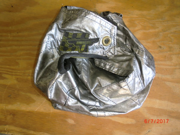 Used Taylor chute pack silver  for Sale $53